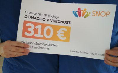 310 evrov za izobraževanje staršev otroka z avtizmom